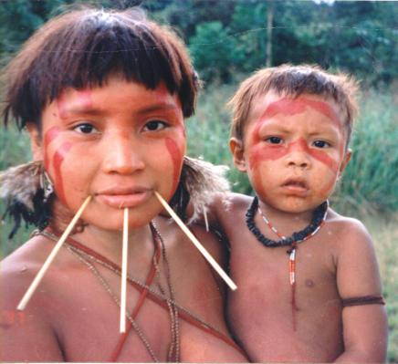 Yanomami_Woman_&_Child 1997 წელი