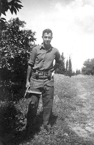 1948-Ariel-Sharon-in-his--001 (1)